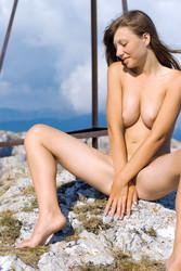 http://img56.imagetwist.com/th/05218/lzhxoymzbgau.jpg