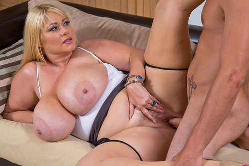 Samantha 38G   Milf with Huge Tits gets fucked HD