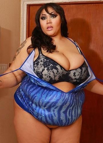 Anastasia Vanderbust   Fucking My Cousins Gigantic Tits Busty BBW Wife HD
