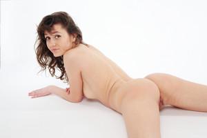 http://img56.imagetwist.com/th/05821/u3vpth2njqzx.jpg