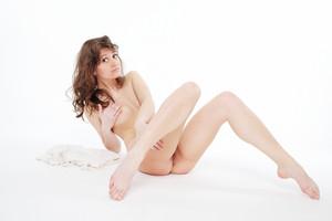 http://img56.imagetwist.com/th/05821/y8lx4wel9vu1.jpg