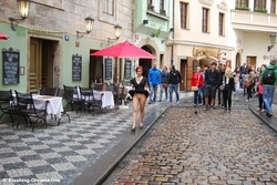 Lulu Jung in Prague set 1 (2013) [HQ Photoset]