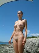 http://img56.imagetwist.com/th/06022/ax86mdpf3682.jpg