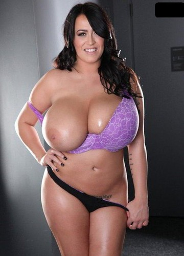 Leanne Crow   Massive Big Tits Moody Purple 5D 2   December 12 2014 720