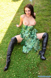 Carlotta Champagne - brunette 73