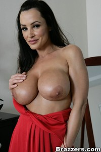 Lisa Ann In Convincing The Groom Free Porn 12